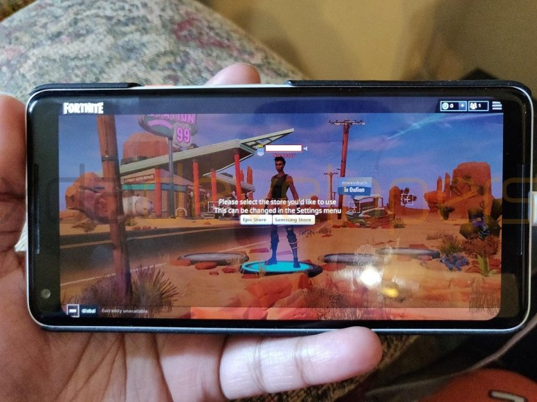 fortnite-mobile-on-android-gameplay-11661579196.jpg