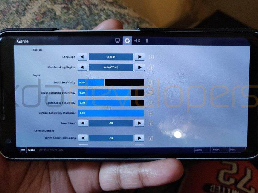 fortnite-mobile-on-android-gameplay-61789595589.jpg